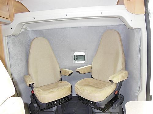 Sisäpuolinen lämpöseinä puoli-indegroitujen ohjaamoon - Lämpöverhot ja lattiamatot - 9997288 - 3