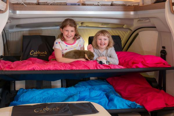 Kinderbett für jedes Fahrerhaus mit Drehsitzen