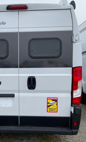 Toter-Winkel-Aufkleber für Fahrzeuge über 3,5 t in Frankreich