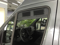 Lüftungsgitter Schiebefenster VW T5/T6, schwarz